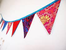 Dekorácie - Girlanda farebná s tyrkysovou šnúrkou - 8207422_