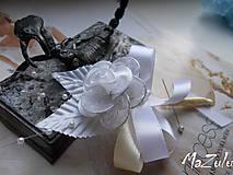 - svadobné pierko aj pre ženícha, rodičov... - 8207395_