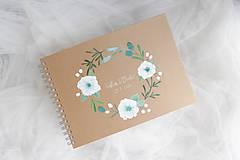 Kniha hostí biely kvet