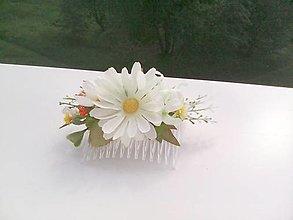 """Ozdoby do vlasov - Kvetinový hrebienok do vlasov """"...margarétkový..."""" - 8210114_"""