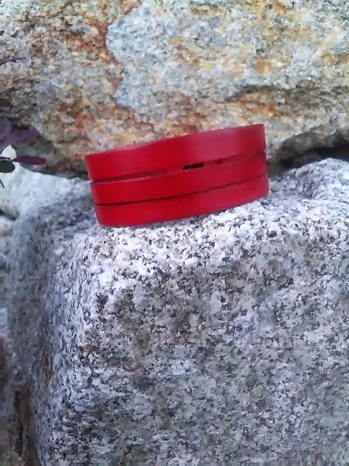 Náramok hladký červený trojitý široký 2cm