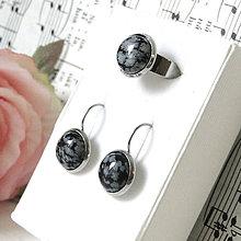 Sady šperkov - Elegant Snowflake Obsidian Stainless Steel Set / Sada prsteňa a náušníc s vločkovým obsidiánom - chirurgická oceľ /0572 - 8213233_