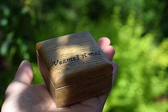 Krabičky - Šperkovnička z orechového dreva - 8213597_