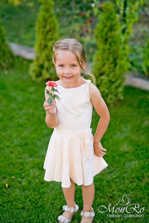 Dievčenská suknička