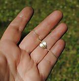 Náramky - Jesenné srdce náramok zlatý - 8217659_