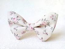 Romantický vintage dámsky motýlik