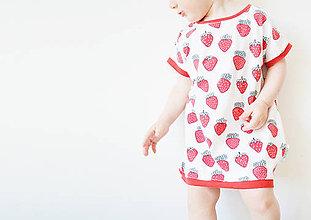 Detské oblečenie - Šaty alebo tunika Jahoda - 8217373_