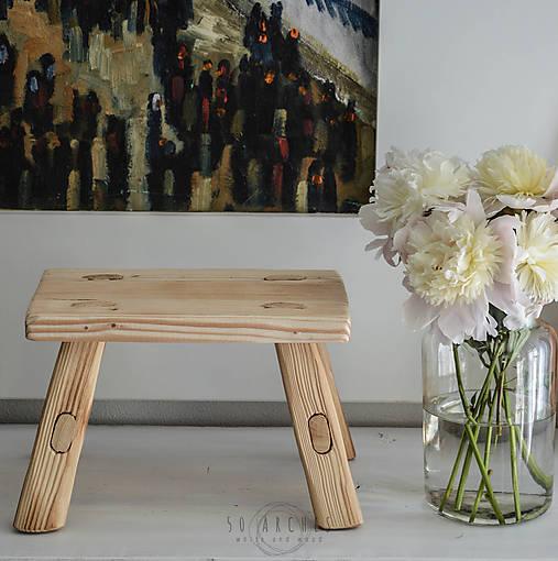 stolček S