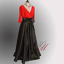Sukne - Zavinovacia spoločenská sukňa skladaná s vreckami - 8219932_