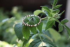 Náramky - Rudraksha náramok s perlami a pozláteným striebrom - 8223647_