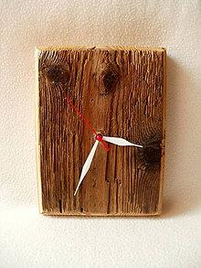 Hodiny - Drevené hodiny Poznačené časom - 8225786_