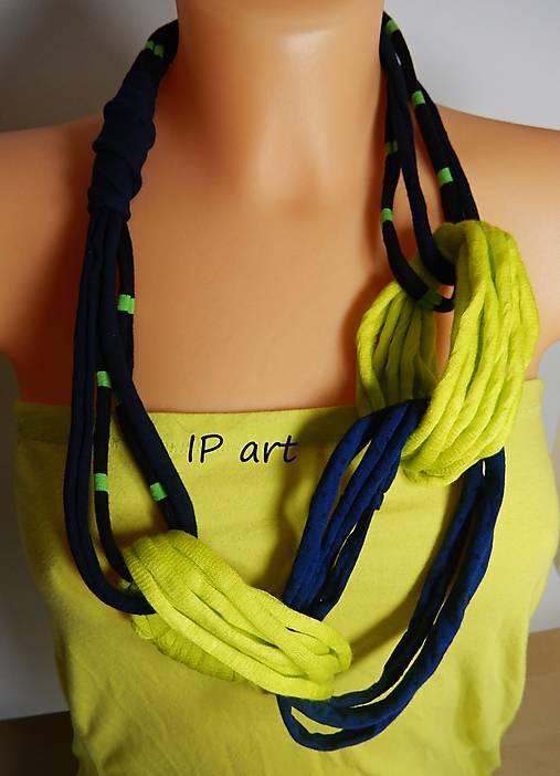 Modro-žltý náhrdelník z úpletu