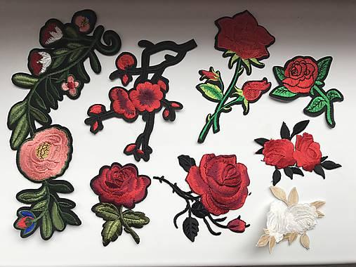 c50c0c620cc7 Nažehľovačky ruže   uBAKY - SAShE.sk - Handmade Textil