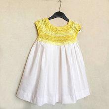Detské oblečenie - Háčkované detské šaty so skladanou sukňou - 8228791_
