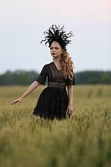 Šaty - Koktejlové čierne šaty z krajky - 8228802_