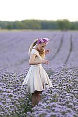 Šaty - Koktejlové šaty s tylovým vyšívaným živôtikom a kruhovou sukňou rôzne farby - 8228915_