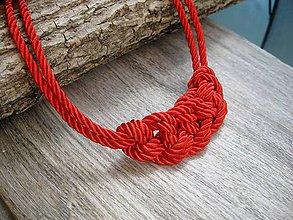 Náhrdelníky - Uzlový náhrdelník z dvoch šnúr (červený č.946) - 8227927_