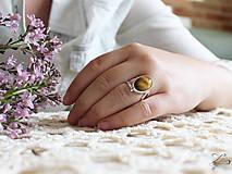Prstene - Strieborný prsteň s tigrím okom - Line Gold - 8232755_