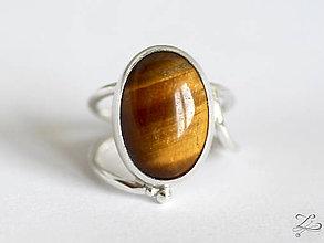 Prstene - Strieborný prsteň s tigrím okom - Line Gold - 8232773_