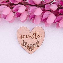 Darčeky pre svadobčanov - brošňa pre nevestu, svadobčanov - 8233635_