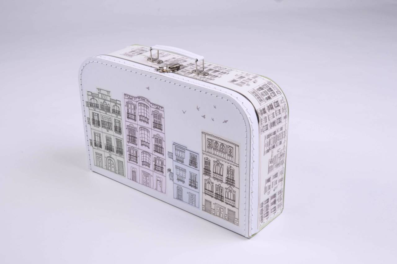 Kufríkov - designový kufríkový domček - mesto