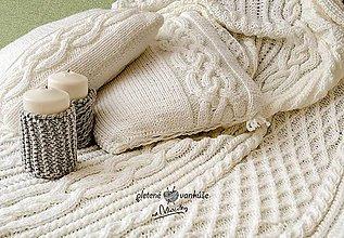Úžitkový textil - Biely pletený set.... deka +vankúš - 8236339_