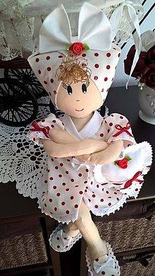 Bábiky - Bábika-gazdinka..červená bodka - 8239797_