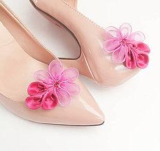 Obuv - Cyklamenové kvetinkové klipy na topánky - 8239748_
