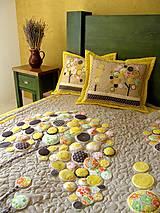 Úžitkový textil - Originálný prehoz s kvetmi No.3 :) - 8240485_