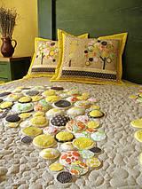 Úžitkový textil - Originálný prehoz s kvetmi No.3 :) - 8240488_