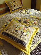 Úžitkový textil - Originálný prehoz s kvetmi No.3 :) - 8240489_