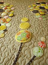 Úžitkový textil - Originálný prehoz s kvetmi No.3 :) - 8240490_