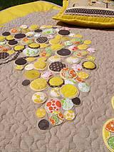 Úžitkový textil - Originálný prehoz s kvetmi No.3 :) - 8240492_