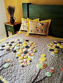 Úžitkový textil - Originálný prehoz s kvetmi No.3 :) - 8240484_