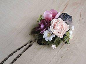 Náhrdelníky - náhrdelník Flowers in the Meadow - 8242820_