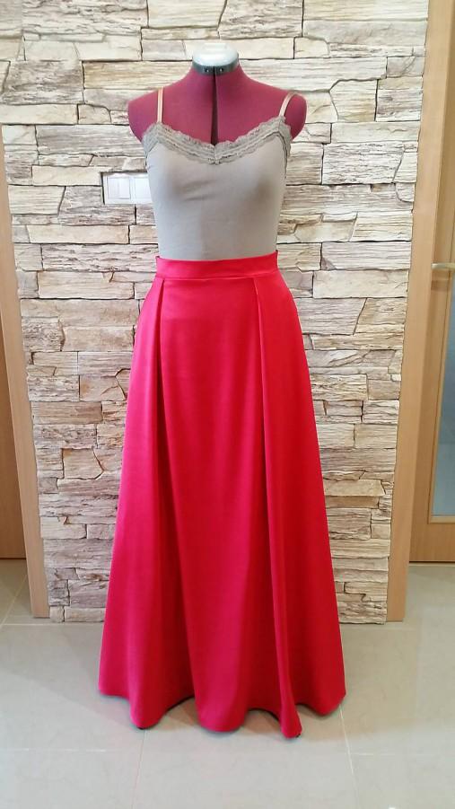 513f9234559a Dlhá spoločenská sukňa so záhybmi a vreckami - vel. 44 46   T-hobby ...