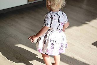 """2501c08ee4ef Detské oblečenie - Detské šaty so vzorom """"Sladkosti Krajiny zázrakov"""" -  8245143"""