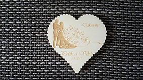 Darčeky pre svadobčanov - Srdiečko pre hostí 7 + vyrezávaný okraj - magnetka - 8245170_