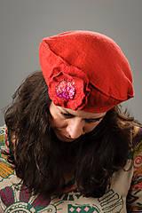Čiapky - Červená Francúzska Baretka s kvetom, Merino vlna, Plstená - 8247207_