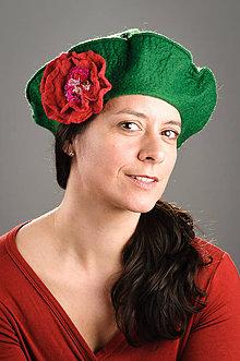 Čiapky - Zelená Francúzska Baretka s kvetom, Merino vlna, Plstená - 8247968_