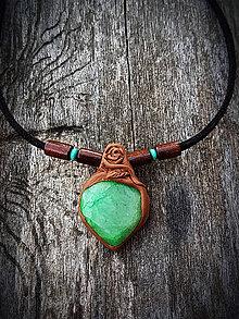 Náhrdelníky - náhrdelník so Smaragdom - 8249459_