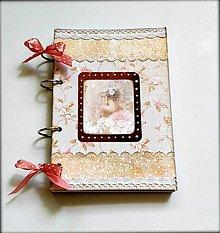 Papiernictvo - Linajkový scrapbookový zápisník/svadobný plánovač ,,Princess\