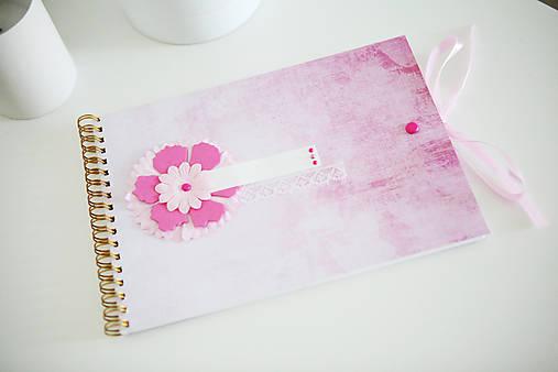 Scrapbook album / kniha hostí Ružová