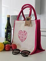 Nákupné tašky - Bavlneno-jutová taška s krížikovou výšivkou srdiečka - 8253737_