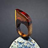 Prstene - Drevený prsteň: Medový bozk - 8256028_