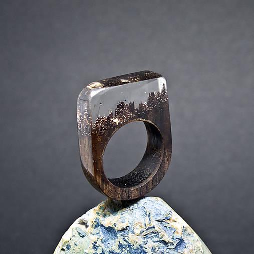 Drevený prsteň: Priezračný sen