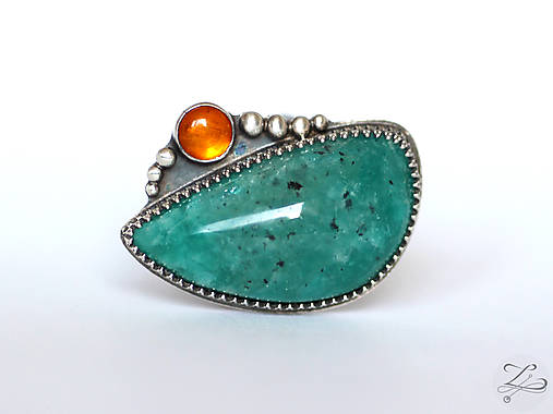 Strieborný unikátny prsteň s amazonitom a jantárom - AmaJan