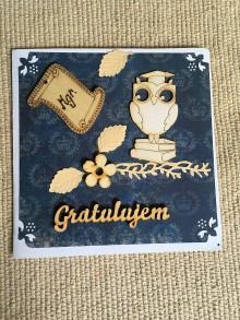 Papiernictvo - gratulačná pohľadnica k promóciám - 8258247_