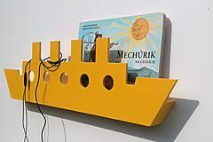 Nábytok - nástenný vešiak/polička 'na lodi'  žltý - 8257833_