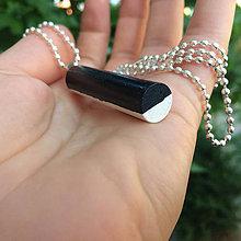 Náhrdelníky - Betónový náhrdelník Roller B&W - 8260783_